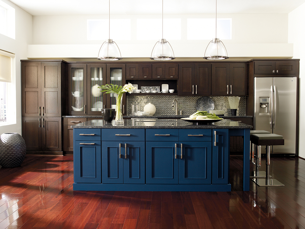 Omega-Contemporary Kitchen with Metro Door Style.jpg