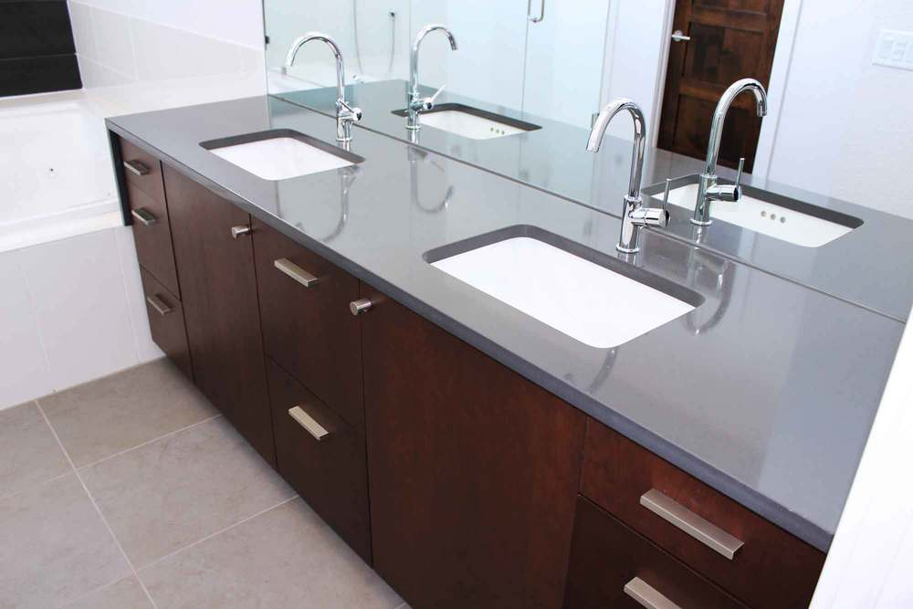 Gentil Bathroom 3 Countertop LevelLOW