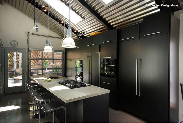 Black Kitchen 8