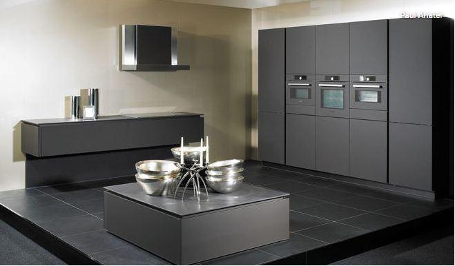 Realtor_Kitchen_9.JPG