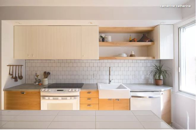 White_Wood_Kitchen_1.JPG
