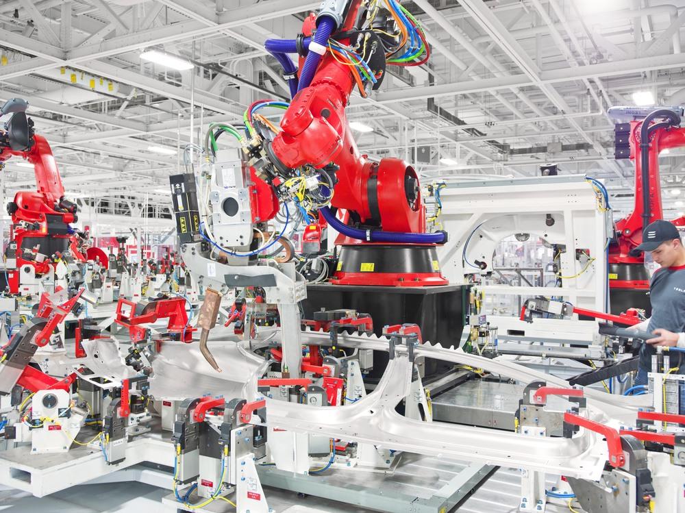 Tesla Motors Robot