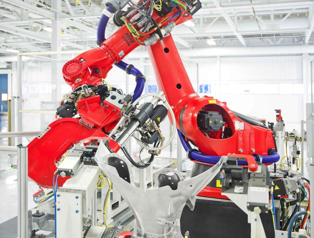 Tesla Motors Robot Kuka