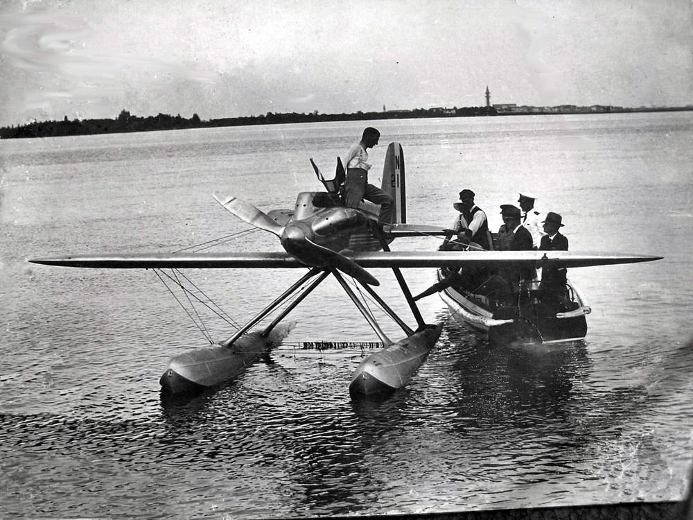 schneidercupvenice1927supermar-venezia.jpg