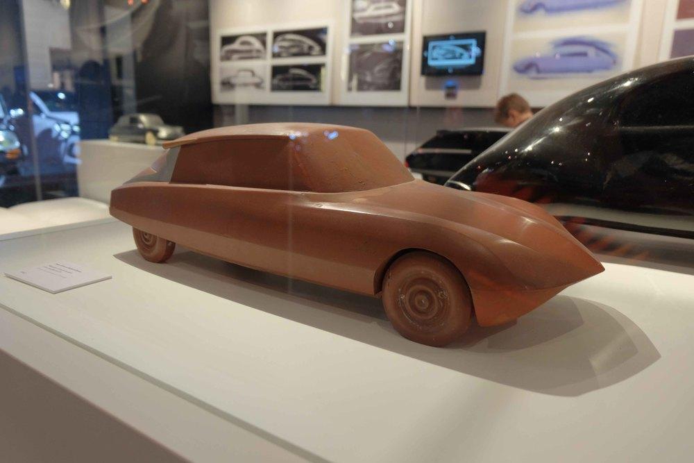 Maquette d'étude destyle d'un modèle de DS par Jean Giret et Robert Opron.