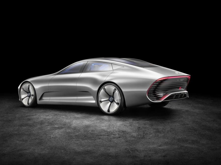 TYRANNOSAURE-Mercedes-Concept-IAA-2015-Francfort-4.jpg