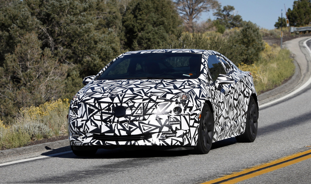2014-Cadillac-ELR-in-camo.jpg