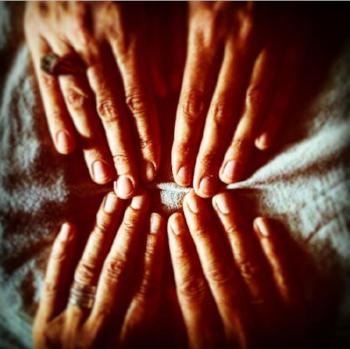 reiki-hands.png
