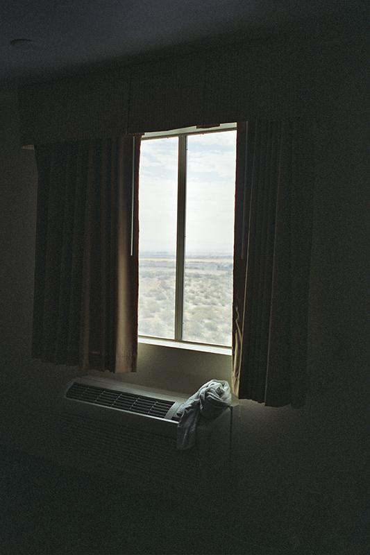 hotelwindowtx.jpg