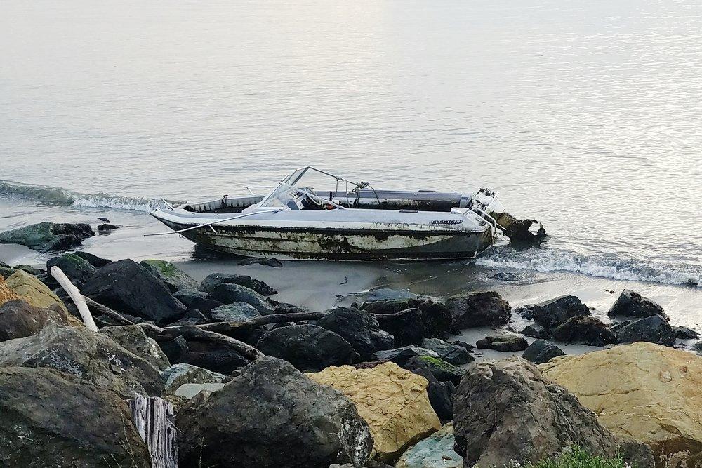 oakland-boat.jpg