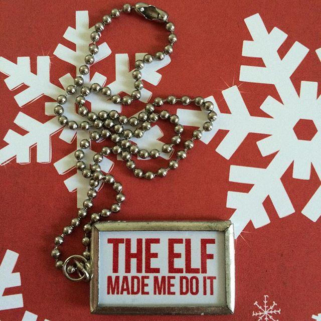 Show Santa who is really to blame! #theelfmademedoit #sorrysanta #gratitude #christmas