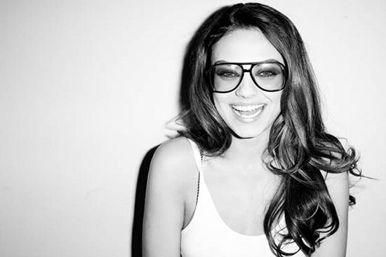 Mila Kunis  (蜜拉 庫妮絲  )