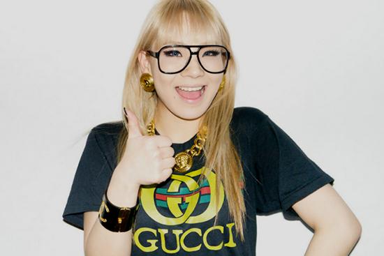 知名韓國團體  2NE1  的  CL   也戴  MOSCOT Terry