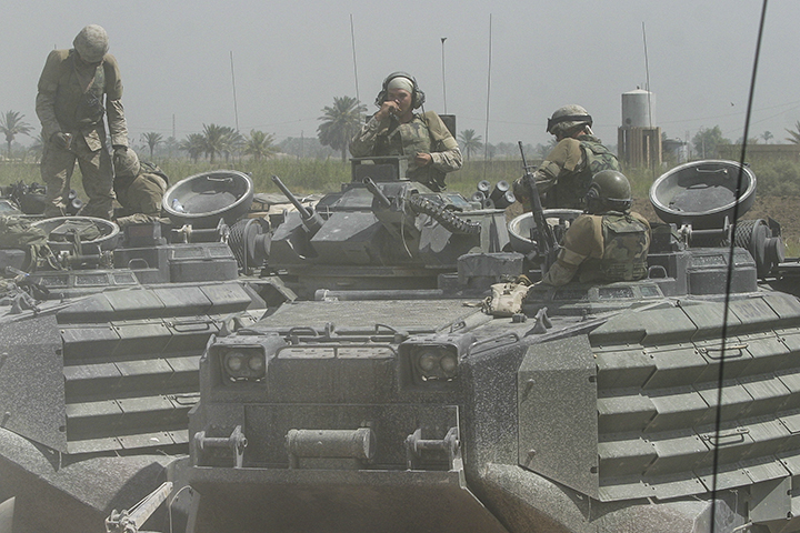 1st Battalion/2d Marines AAV section arrives in Iskandariyah, July 21, 2004