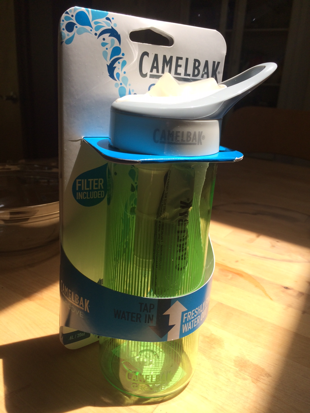 Camelbak 'Groove' water bottle with replaceable filter Step 1: Fill with ice water