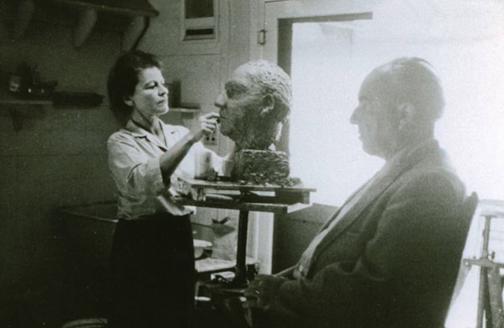 Mahler sculpting husband / composer Ernst Krenek.