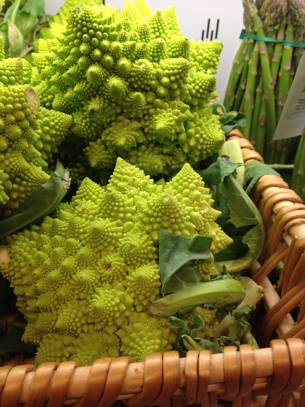 So enamored by these funny cauliflower florets. Nature is amazing.