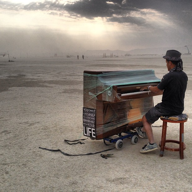 piano at burning man