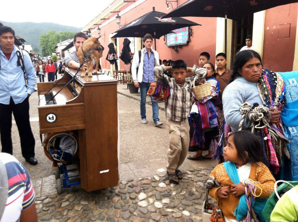 san cristobal pianist