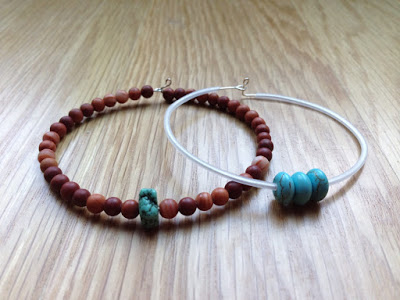 Make a bracelet with Melissa