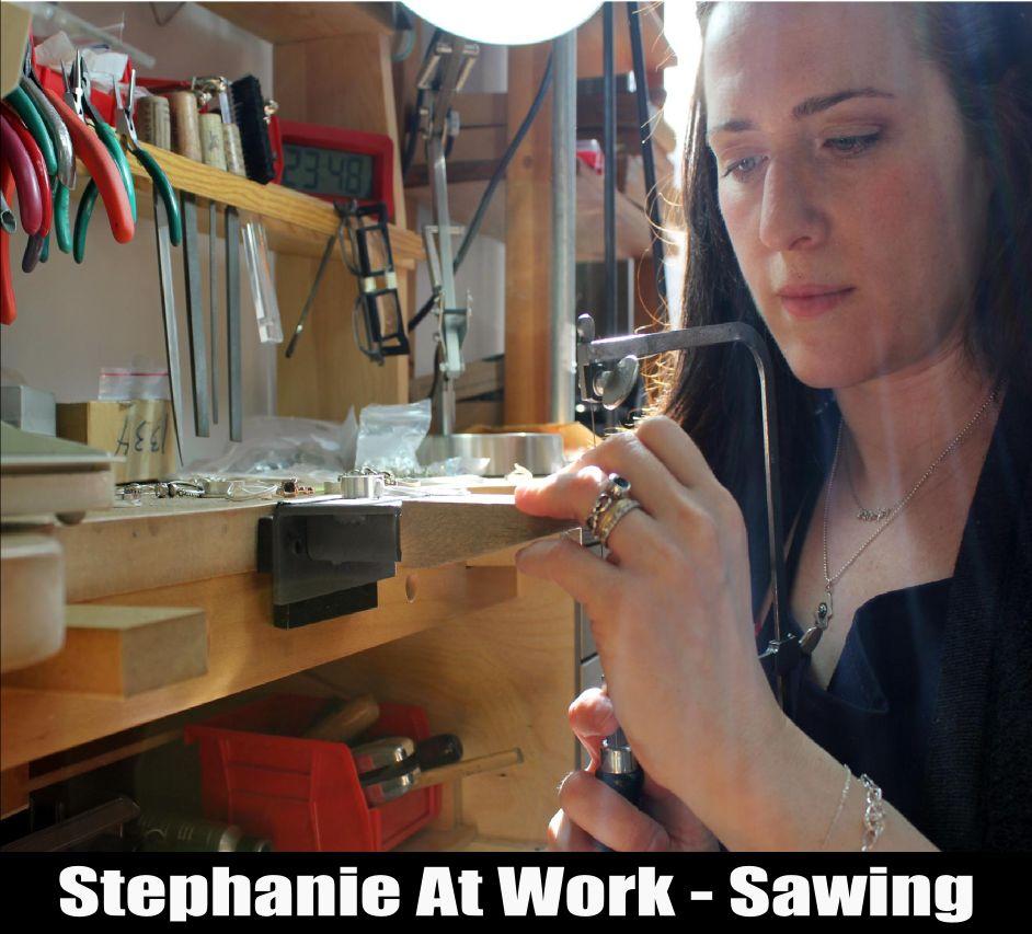stephaniemetaliciousapr2013acraftylifestephanieatworksawingdd1.jpg
