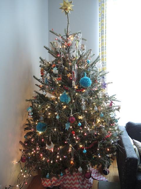 pom+pom+ornaments2.jpg