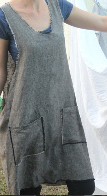 pinafore apron by Retrohome