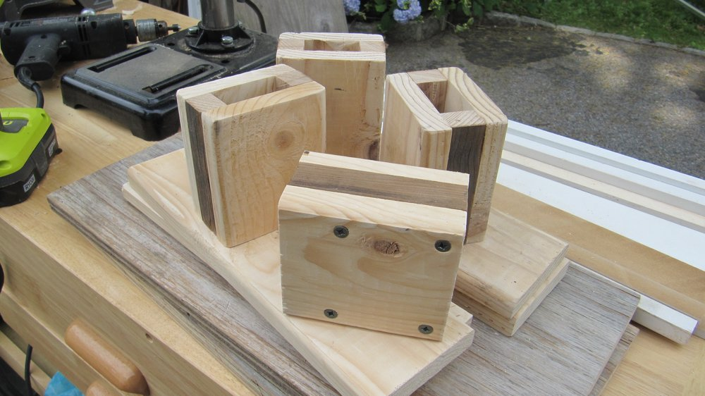 Making the boxes for the leg stands