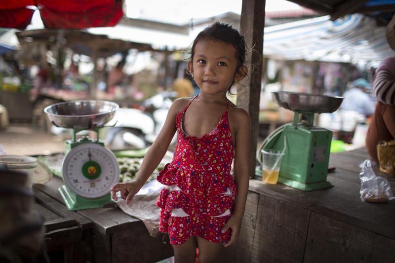 Conor_Ashleigh_2014_Cambodia_webres-11.jpg