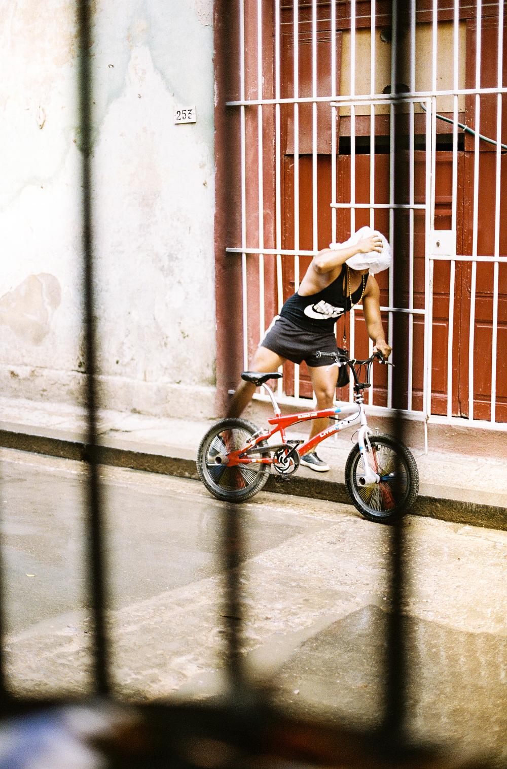 Gutierrez-Cuba-15.jpg
