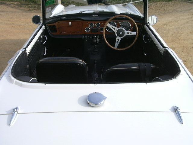 Triumph Tr4a 87.jpg