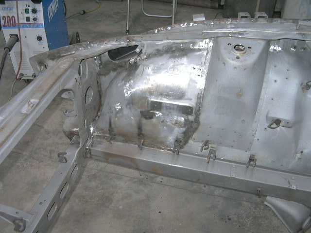 Datsun 240Z 8.jpg