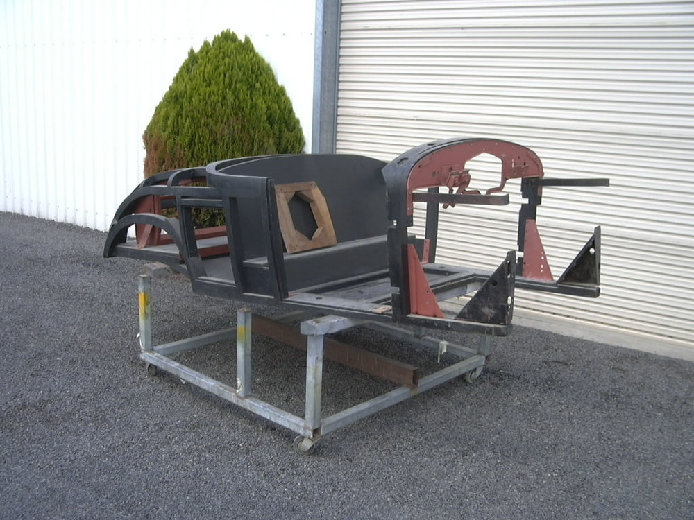 The 1928 LaSalle Golf door has come together for pieces delivered by the customer. The timber frame had been built a few years ago by another restoration company. The vehicle had been partly restored in the past including the engine. Because the LaSalle had been standing for many years with-out being started or turned over the mechanical parts needed overhaul and checking.