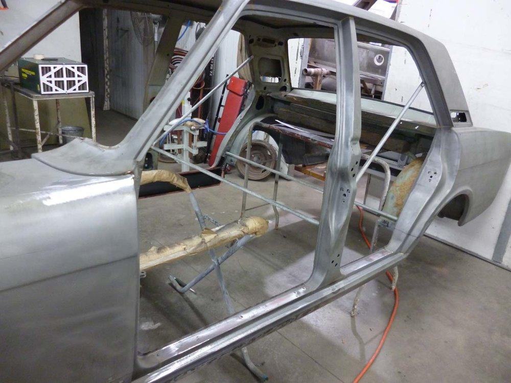 Ford Cortina Mk2 40.jpg