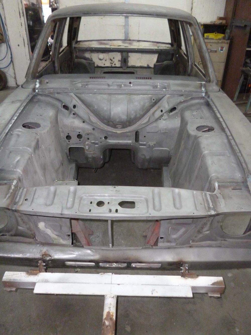 Ford Cortina Mk2 52.jpg