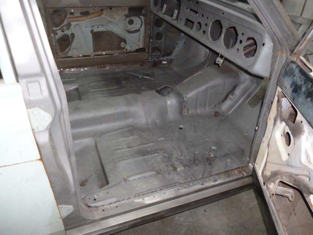 Ford Cortina Mk2 55.jpg