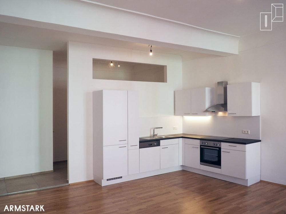 Altbausanierung,Armstark,Küche im Wohnraum