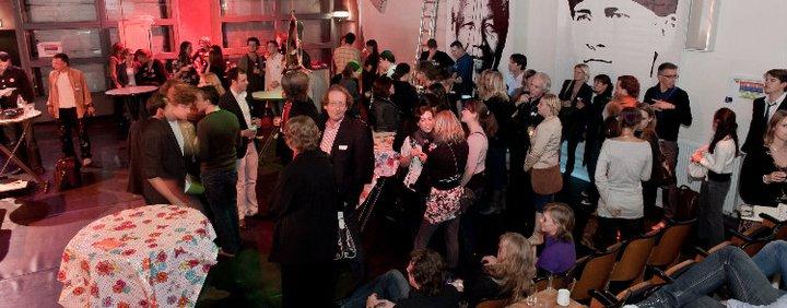 Eerste Flexival in 2010 in het kader van het 10 jarig bestaan van JongeHonden. Locatie was een oud postsorteercentrum.