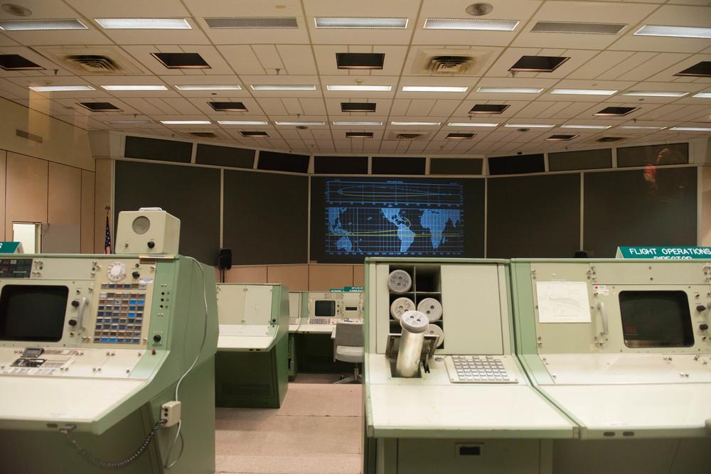 Mission Control - mit Equipment aus den 1960'er Jahren.