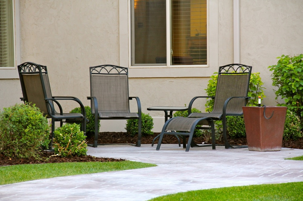 courtyard chairs.jpg