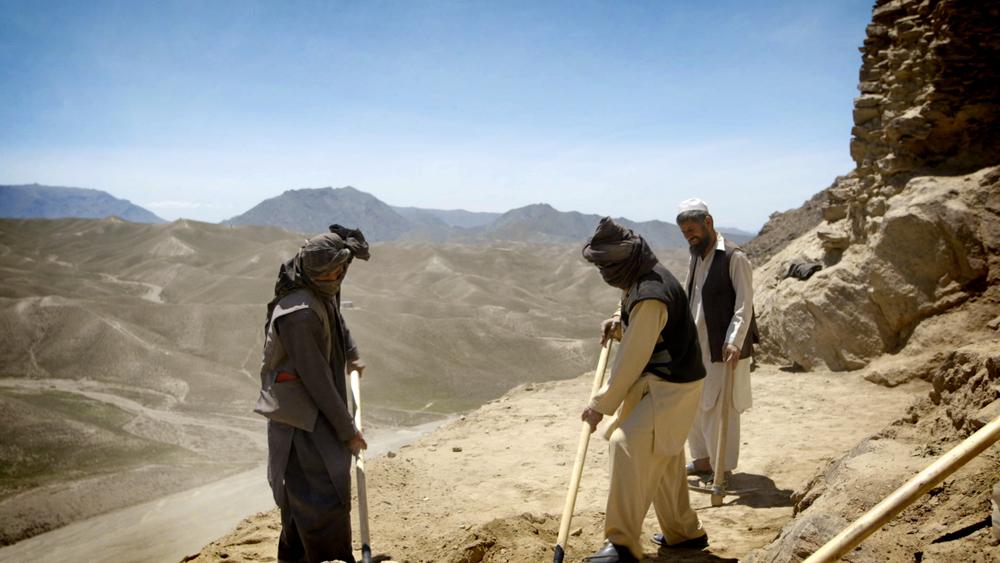 Workers + Landscape_Mes Aynak.jpg