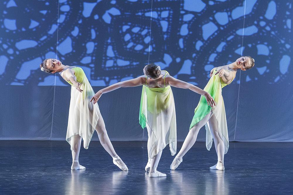 Spoleczne Ognisko Baletowe by L.Halczak zoom-foto.pl