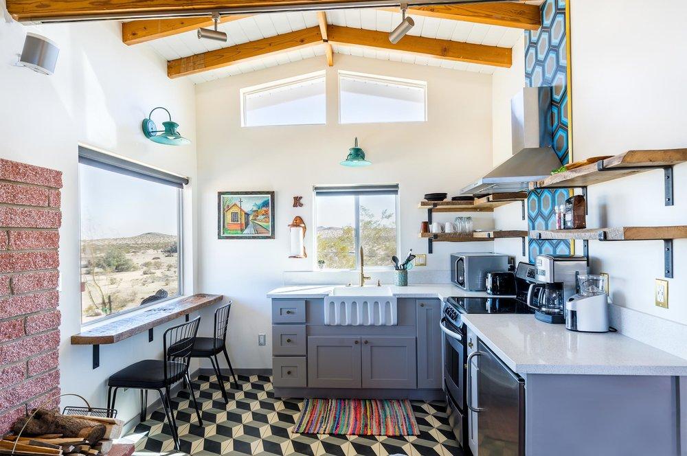 Little Reche Beche Landers Rental High Desert