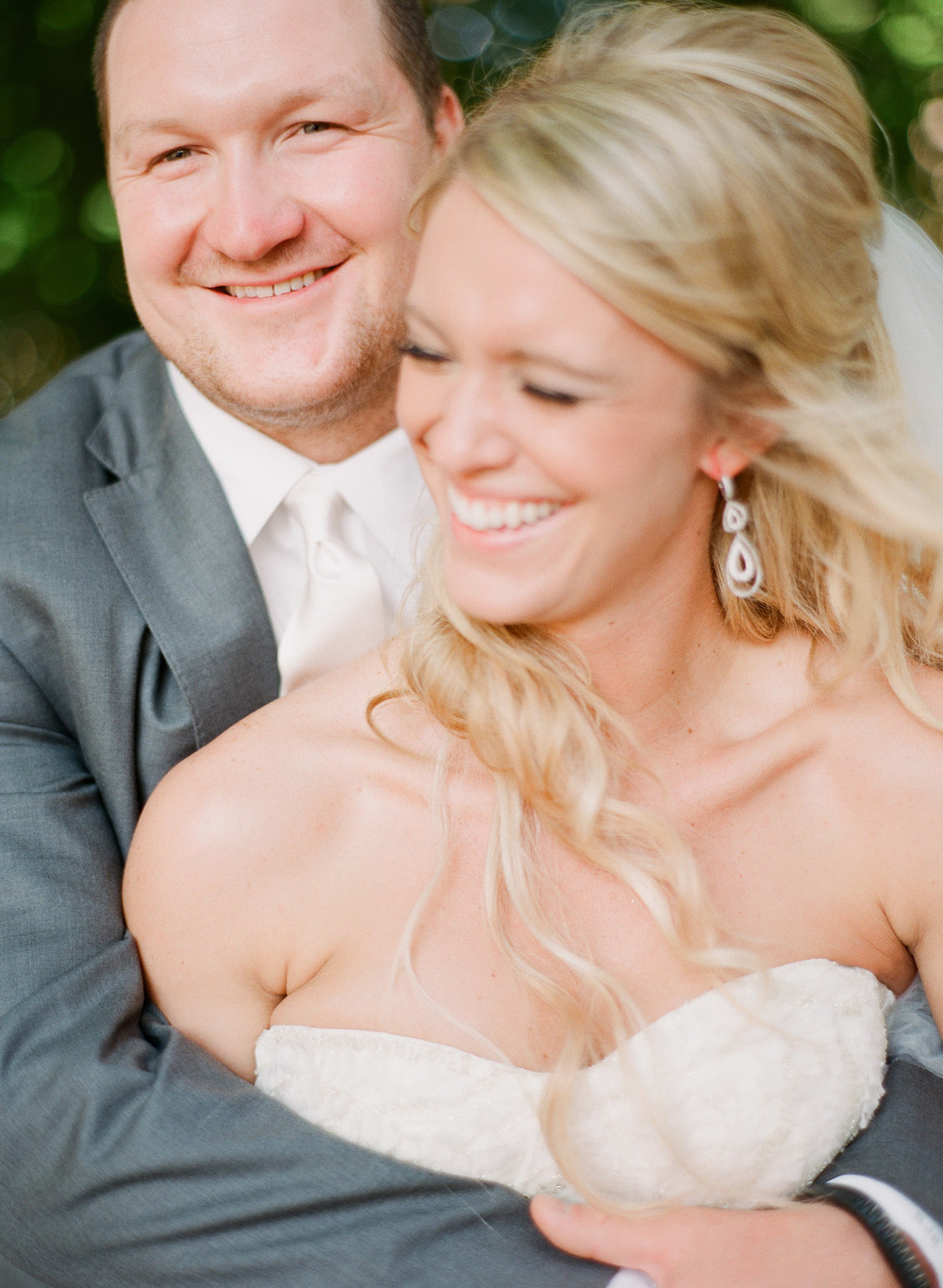 Nfl Star Bryan Bulaga Of The Green Bay Packers Marries