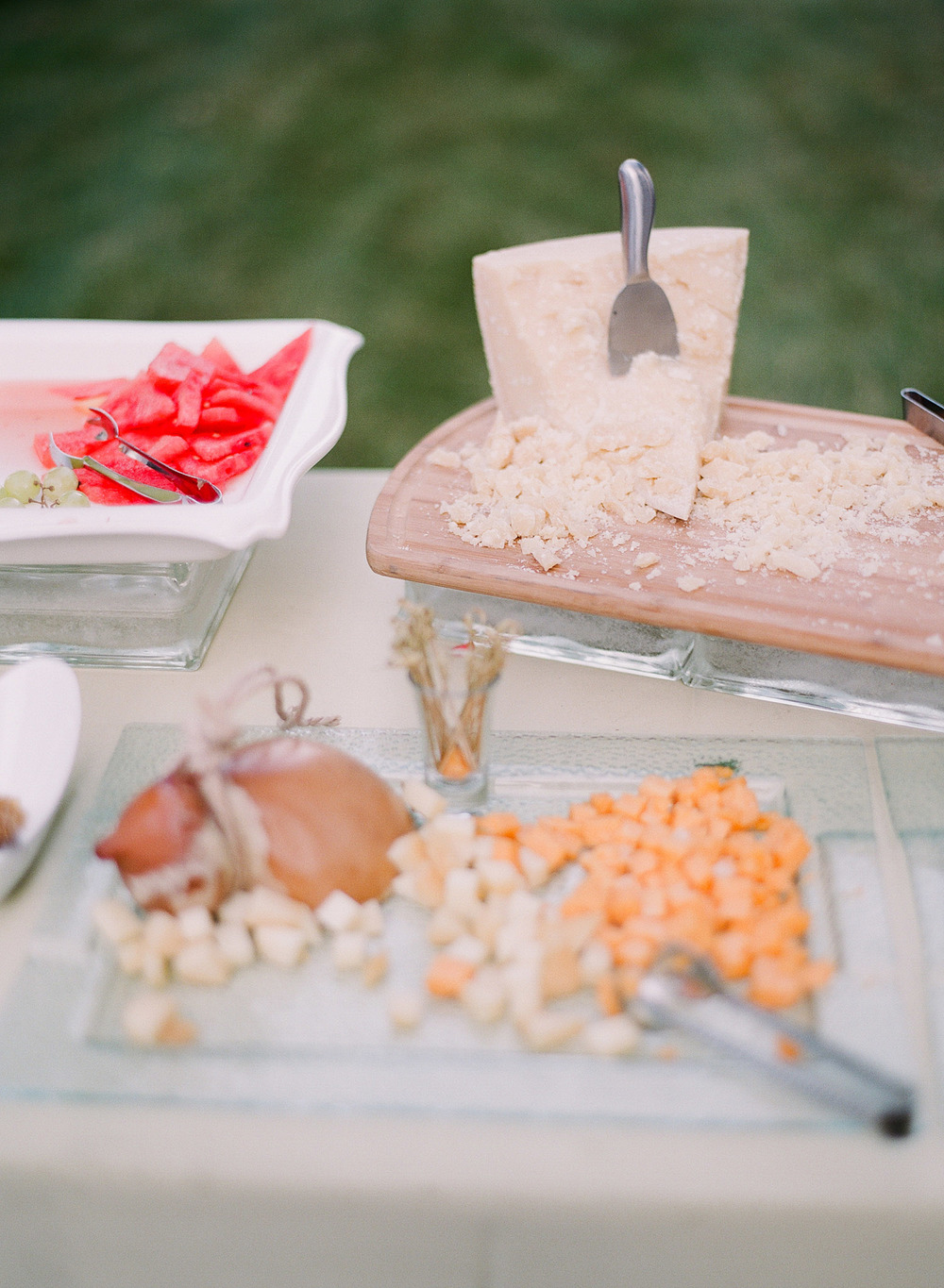 hors d'oeuvres at the italian wedding at the villa terrace by destination weddng photographer lexia frank