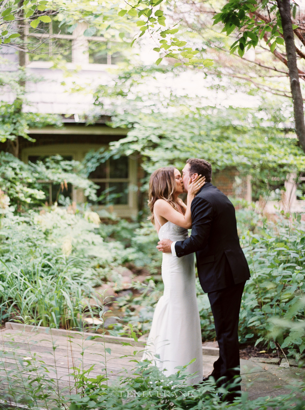 destination wedding photographer Lexia Frank- a portland oregon fine art film photographer- photographs this luxury wedding at whistling straits golf course wedding on film.   first look