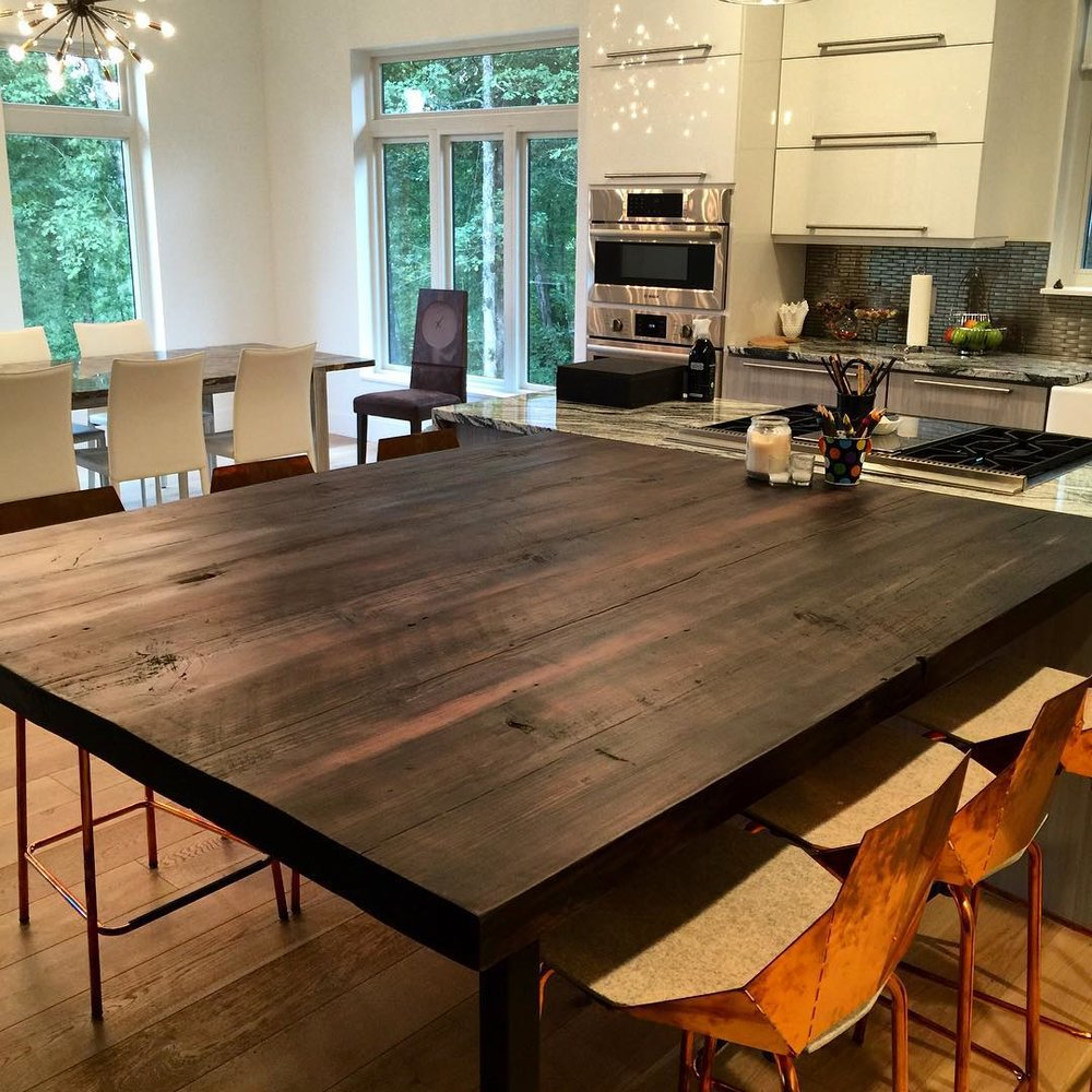 The Johnson Family - A story about a rustic table in a modern kitchen