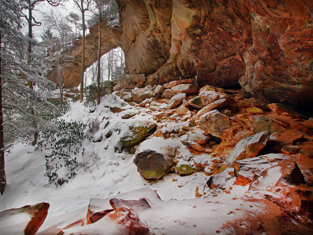""" Grey's Arch after 18 inches of snow had fallen on the Red River Gorge. ""  Photo via EKI board member,  Bill Fultz"
