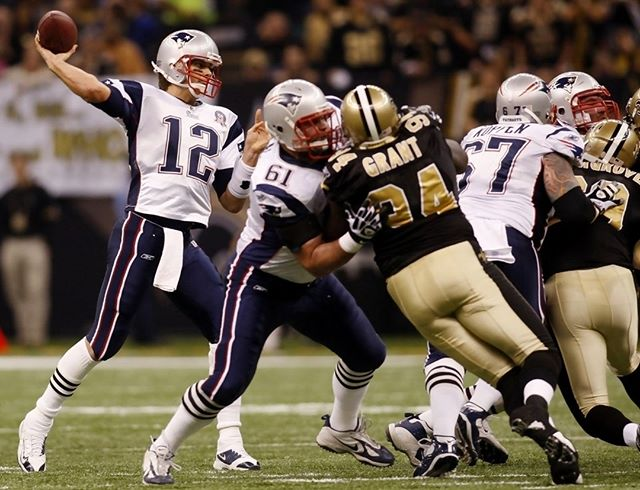 Today Brandin Cooks faces off against his old team with TB12 at the helm. Last time the #Pats played the Saints they came back from 4 point deficit with 10 seconds left in the game to win 30-27. We'll be watching at Flat Top's! #GOAT #GoPats 🏈