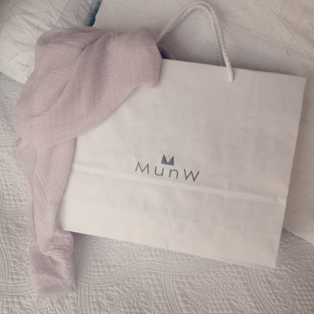 "| ""Very Merry"" post, by MunW blog (www.munw.es). Picture of a MunW bag. By MunW, all rights reserved. 